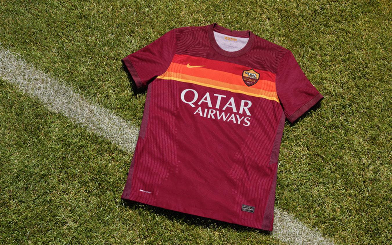 """As Roma e Nike presentano la nuova maglia. Zaniolo: """"La amo ..."""